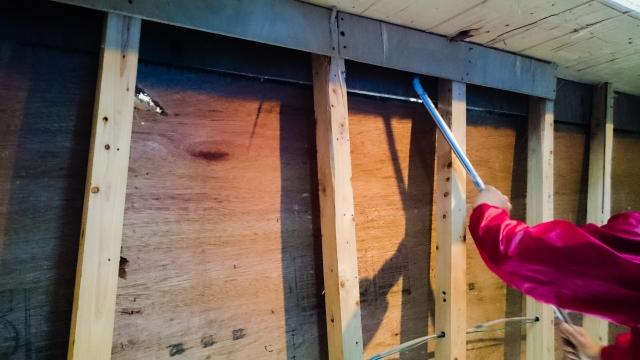 建物の一部を部分解体する